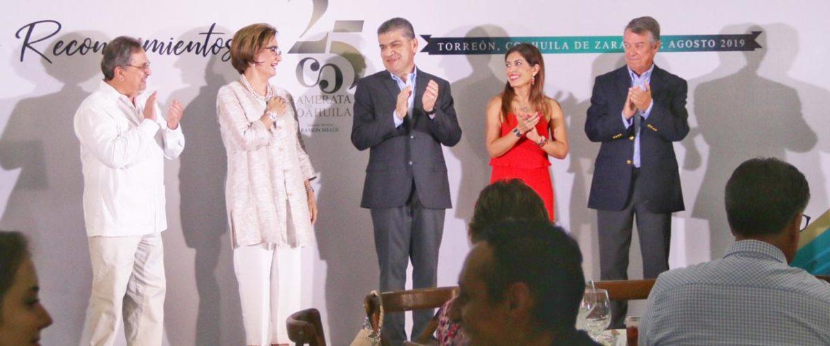 ENTREGA GOBERNADOR RECONOCIMIENTOS A CAMERATA DE COAHUILA POR SU XXV ANIVERSARIO